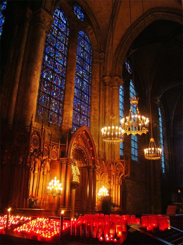 Chartres-Cathedral-Eure-et-Loir-Centre-France